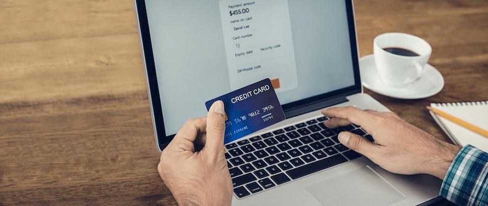 クレジットカードがネットで使える仕組みとは
